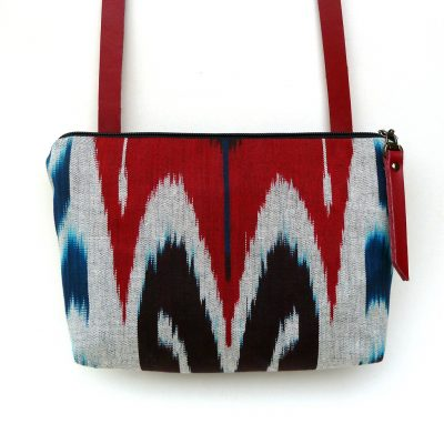 Ikat Minimalist designed bag with sufficient space for phone, keys and wallet.
