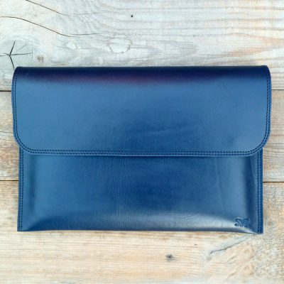 leather sleeve-kobalt blue