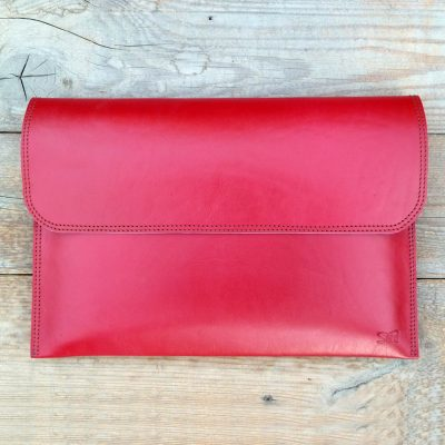 leather sleeve-cherry red