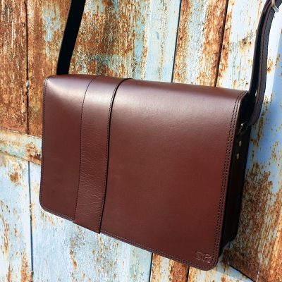 messengerbag_13inch_brown